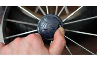 Как снять шину с колеса коляски
